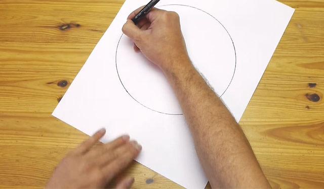 フリーハンドで円を描く方法