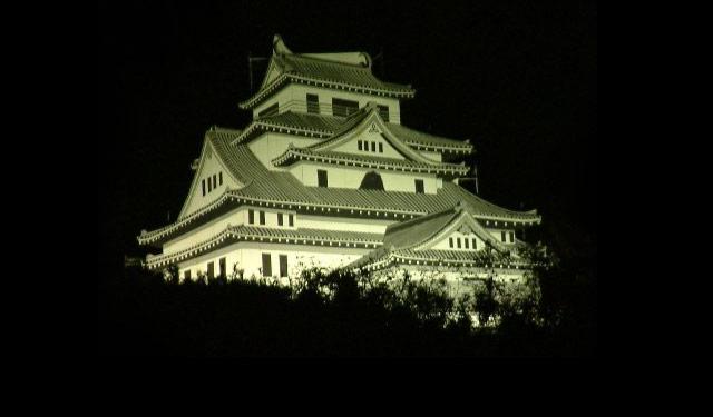 黒崎一夜城、ライトアップ始まる