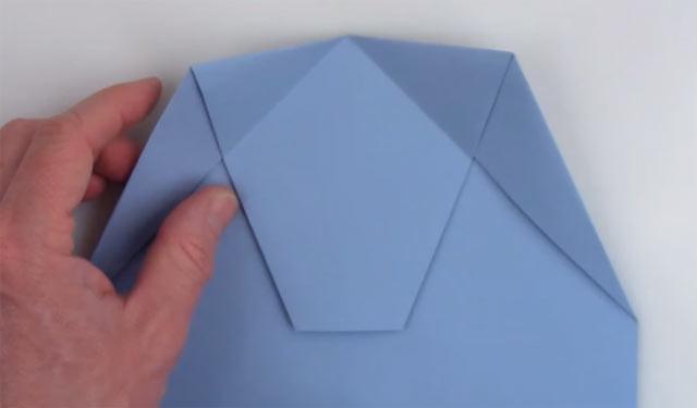 世界記録を叩きだした紙飛行機の折り方