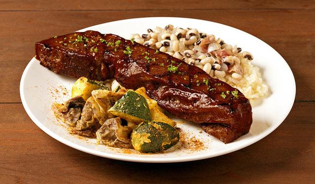ハードロックカフェがアメリカ南部の正月料理