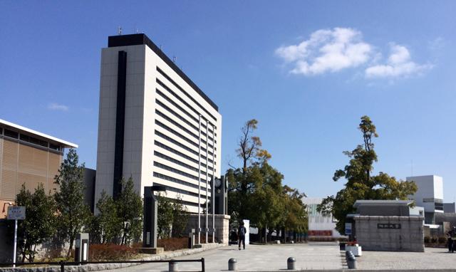 福岡大学で卒業式 4221人巣立つ