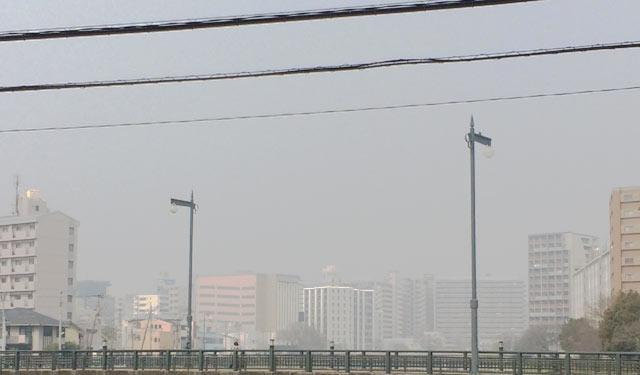 福岡地域、ならびに北九州地域でPM2.5が高い値