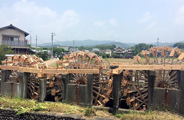 羽根板を新調した朝倉市「三連水車」いよいよ来週稼働