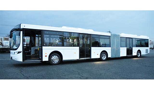 西鉄が「連節バス車両」の昼間試走を実施
