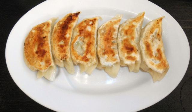 極虎餃子で「焼き餃子」500円で2時間食べ放題