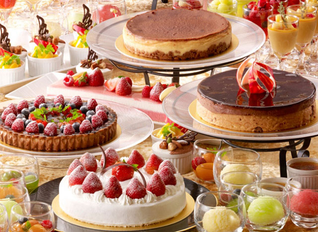 ホテルオークラ福岡が「いちご&ベリー」ブッフェ開催へ