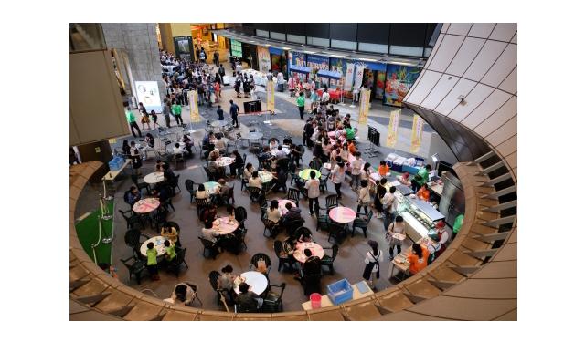 リバーウォーク北九州で「ロールケーキフェスタ2017」開催