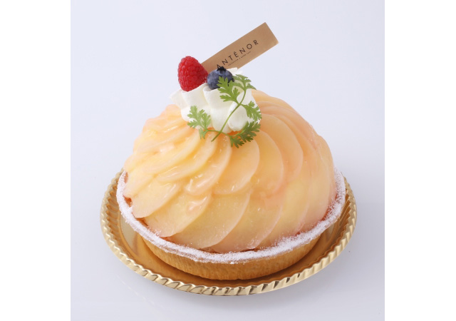 アンテノールから桃を使ったみずみずしいケーキ2種登場
