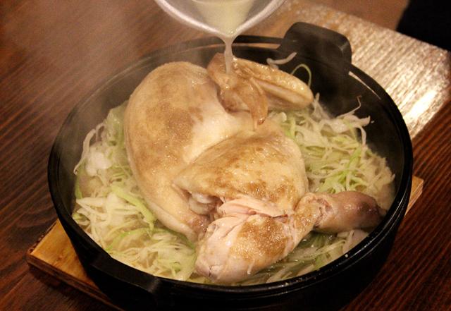 旨味爆発の鶏肉にかぶりつく幸せ!博多名物・水炊きの進化系「炊鳥」がハンパじゃなかった
