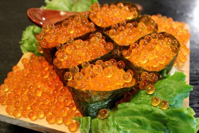 イクラなんでもこぼれすぎ!福岡で衝撃のイクラこぼれ寿司に出会ってしまった