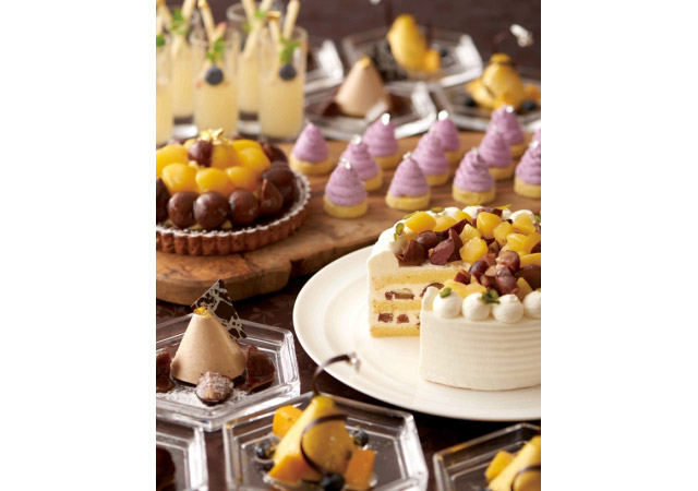 ホテルオークラ福岡で秋のフルーツがテーマの『デザートブッフェ』開催