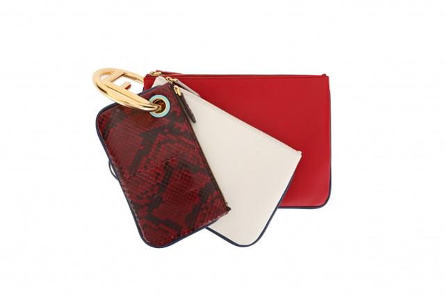 バッグ「トリプレット」 195,480円(税込価格)