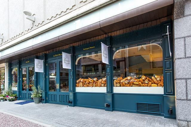 西鉄グランドホテル「ル プティパレ」で『食べる野菜』シリーズ販売中
