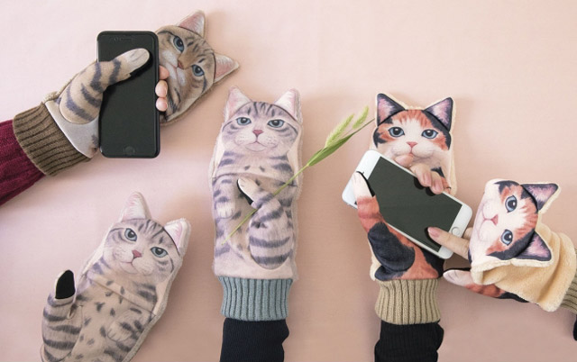 フェリシモから『スマートフォン対応 ジャマ猫手袋』予約受付開始