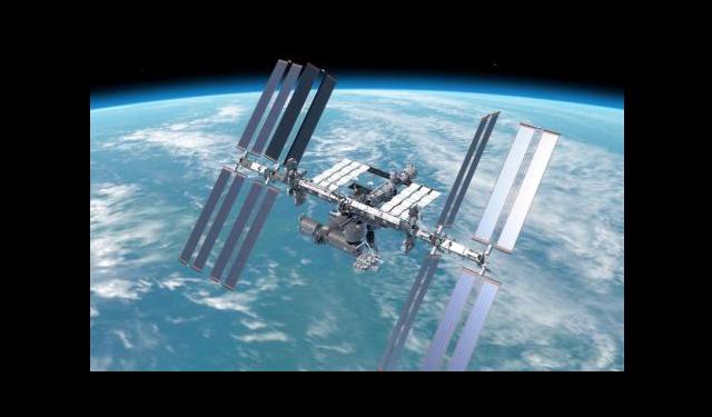 冬休みスペシャルサイエンスショー なりきり宇宙飛行士!ⅤR体験