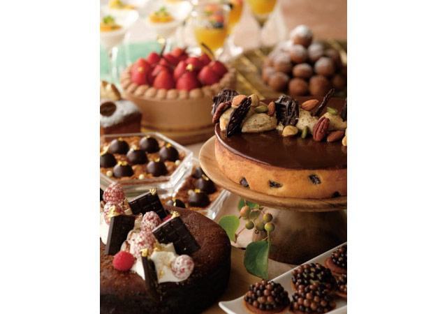 ホテルオークラ福岡で3日間限定の『チョコレートデザートブッフェ』開催