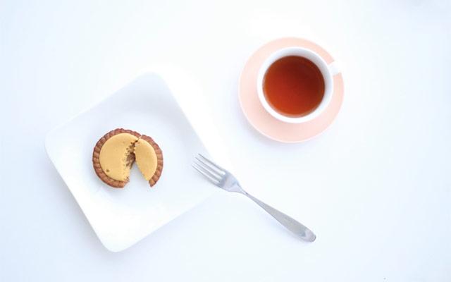 ファミマから『ケンズカフェ東京監修 ブロンドショコラタルト』発売開始