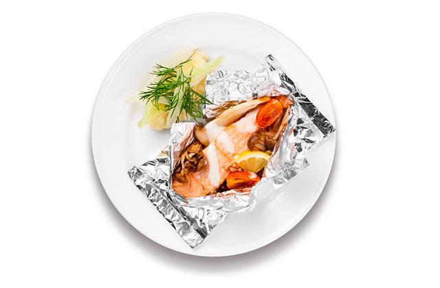 サーモンフィレのホイル焼き 1,290円/IKEA FAMILYメンバー価格 1,190円