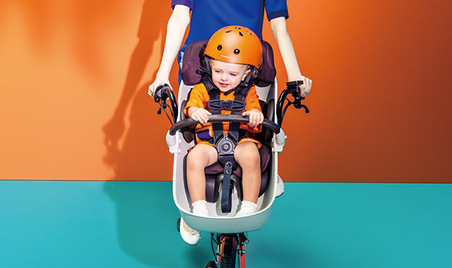 パナソニックが子育てモデルの電動アシスト自転車「ギュット・クルーム」発売