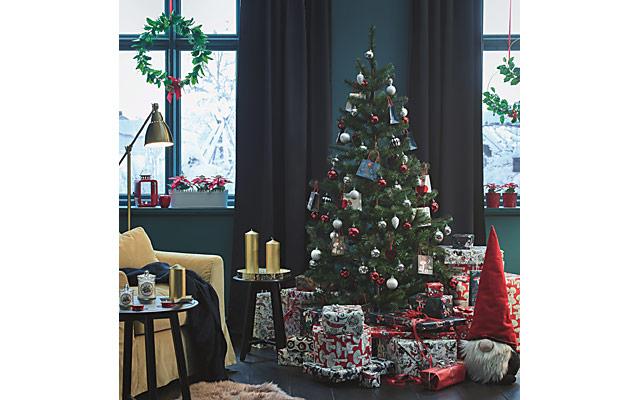 イケアが毎年人気の「本物のモミの木」販売開始へ