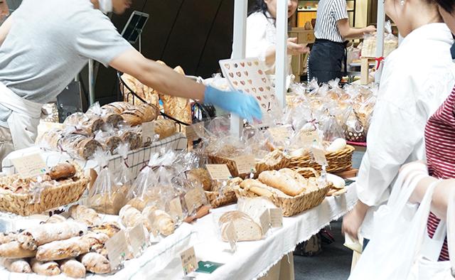 人気のパン屋さんが集結!リバーウォーク北九州「秋のパンマルシェ」開催へ!