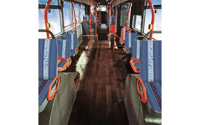 西鉄と北九州市が今夏導入予定の「連節バス」デザインが決定