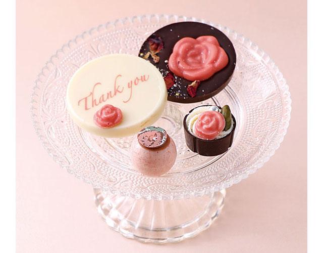 ベルアメールから「母の日ショコラ&ケーキ」3日間限定発売へ