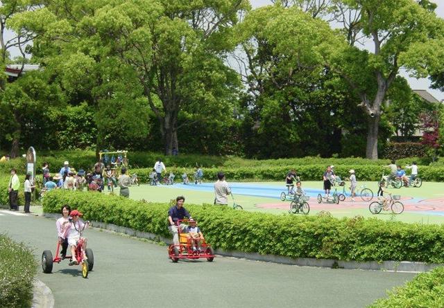 久留米サイクルファミリーパーク「虹色フェスティバル」開催