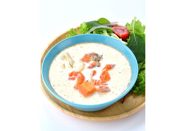 サーモンミルクスープ&サラダプレート