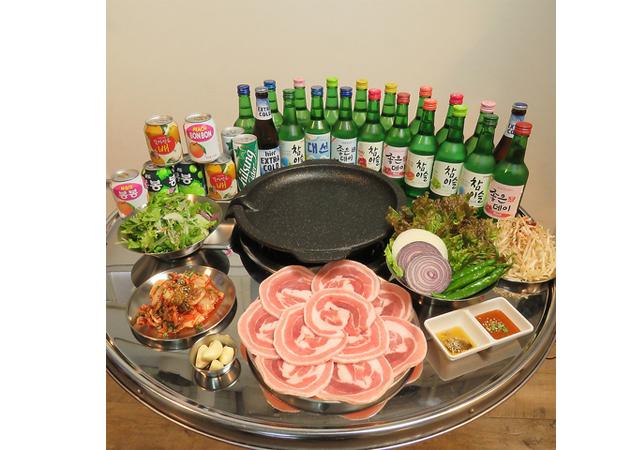 警固の韓国屋台居酒屋「HANJAN」の2Fに「GUUUI」オープン!