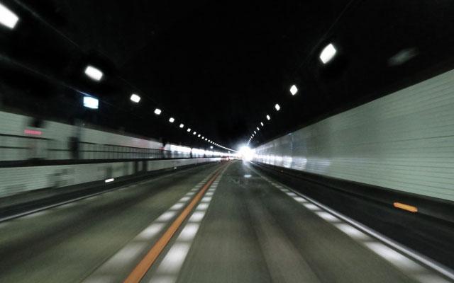 台風10号の接近で広い範囲で高速道路が通行止めになる可能性