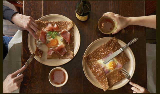くうてん10Fにガレット料理「ブレッツカフェクレープリー」10月オープン!