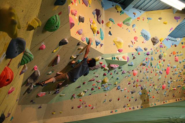 国内最大級の屋内型スポーツ・アスレチック施設「ノボルト」オープン日が決定