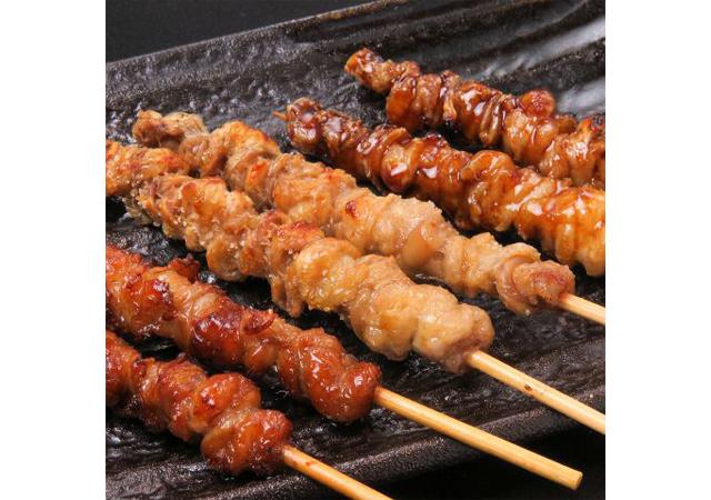 博多に「とりかわ処 山笠」グランドオープン!3種の味から選べる博多名物『とりかわ』を提供!
