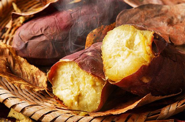 ベイサイドプレイス博多で「焼き芋パーティー」初開催!