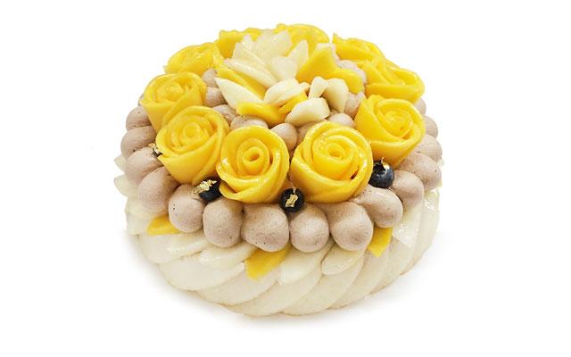 カフェコムサ、今月のショートケーキの日は夫婦(めおと)ケーキが登場