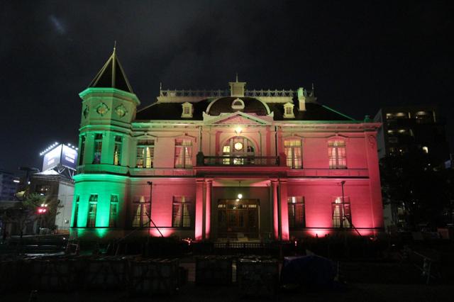 天神中央公園「旧福岡県公会堂貴賓館」期間限定イトアップ!12月はクリスマスがテーマ!