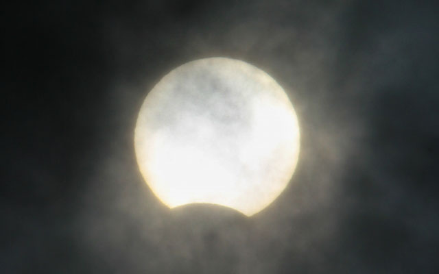 26日は日本全国で「部分日食」今年最後の天体ショー