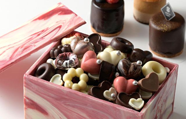 オリエンタルホテル福岡 博多ステーションで『バレンタインチョコレートスイーツブッフェ』開催へ