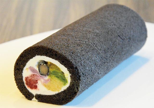ル プティパレで7種の食材を使った「恵方ロール」予約受付中