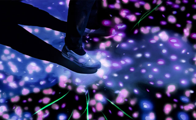 大野城まどかぴあで「デジタルアートによる新たな歌舞伎体験」開幕