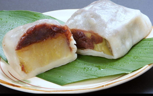 熊本の郷土菓子、いきなり団子の実演販売「くま純」が期間限定で博多マルイに登場!