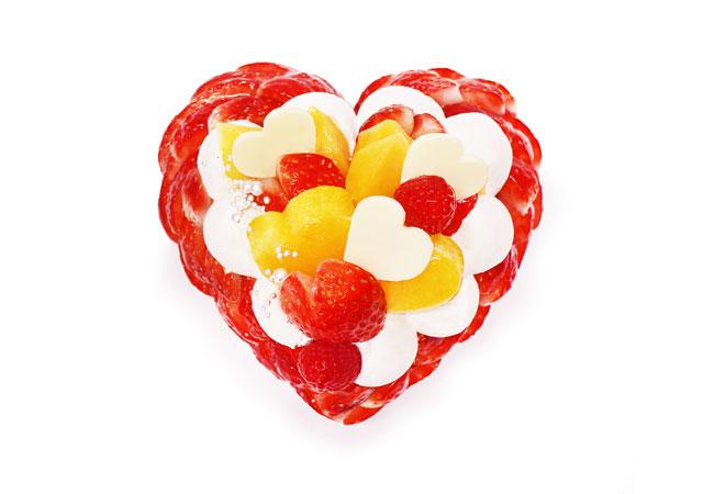 カフェコムサから旬のいちごとマンゴーを使用したケーキ発売へ