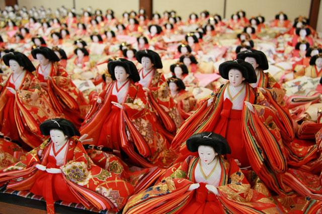 八女市福島地区一帯を会場に「雛の里・八女ぼんぼりまつり」開催