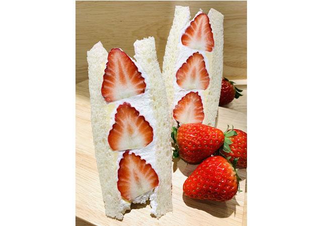 新鮮なあまおういちごをたっぷりと使用「Be!SANDWICH(ビーサンドイッチ)」が博多阪急に期間限定で登場!