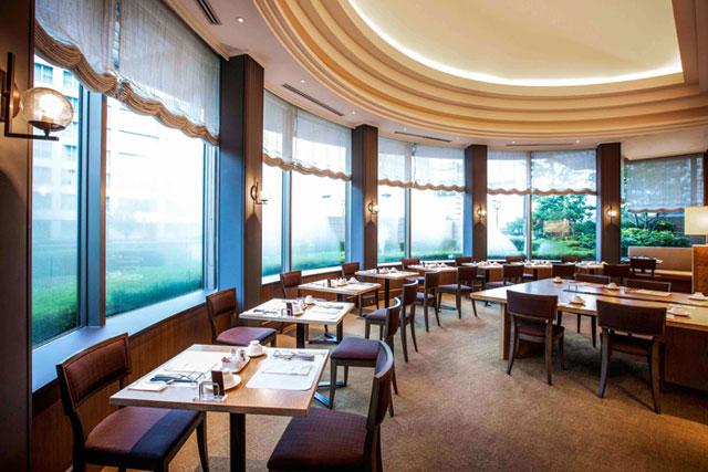 ホテルオークラ福岡のカメリアで「フリーオーダーランチ」始まる