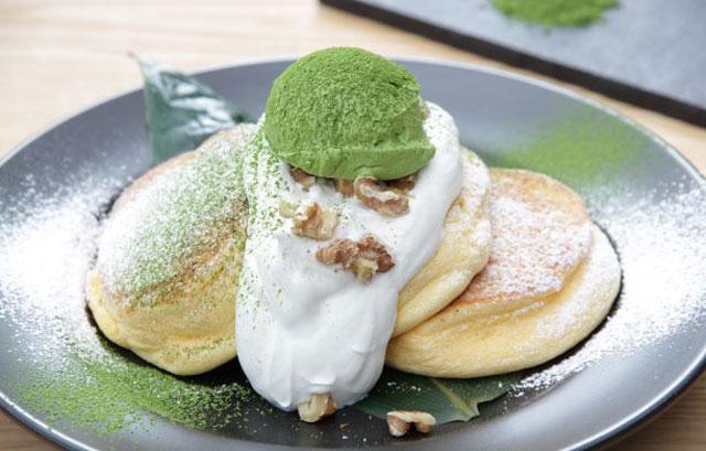 幸せのパンケーキから「宇治抹茶の濃厚ムースパンケーキ」期間限定発売へ