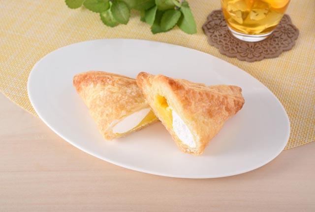 ファミリーマートから「レモンを使用したパン」3種登場