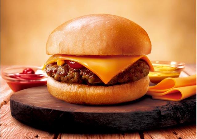 ファミマのハンバーガーが全面リニューアル