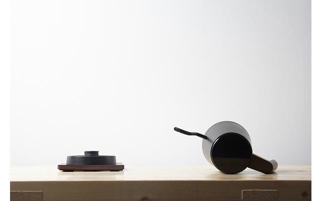 カリタから「グッドデザイン賞の電気式ドリップ専用ポット」発売へ